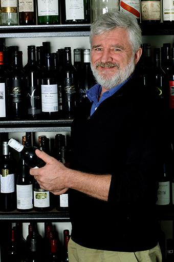 El experto en vino posee la titulación más exigente a nivel mundial.